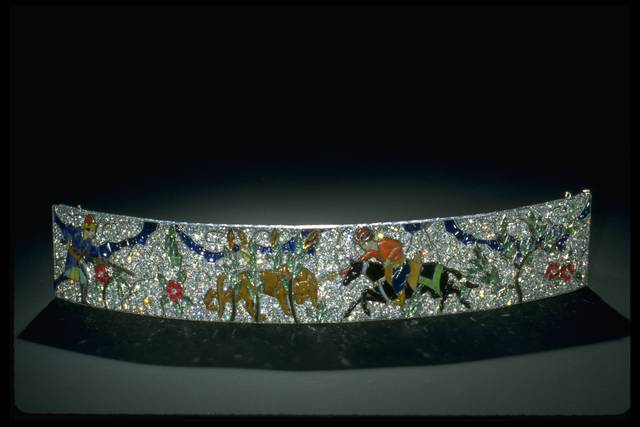 Photograph of the Clagett bracelet (NMNH G10032) under reflected light