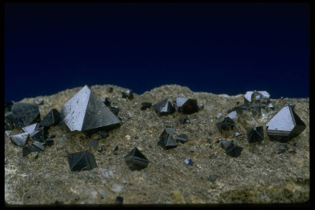 Photograph of octahedral magnetite crystals (NMNH B10614) from the National Mineral Collection