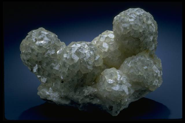 Photograph of calcite (NMNH B9139) from the National Mineral Collection