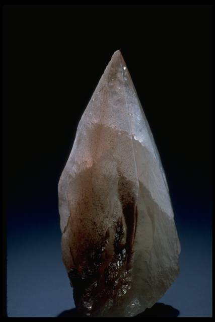 Photograph of calcite dogtooth crystal (NMNH B5848) from the National Mineral Collection