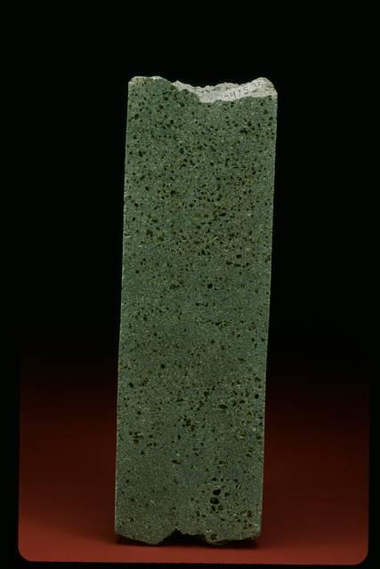 Basalt drill core (NMNH 115475-35)