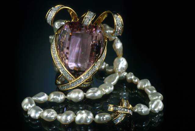 Picasso Kunzite Necklace. Modified cushion step-cut light purple red spodumene (var. kunzite) (396.3 ct) in a necklace. Lot described as