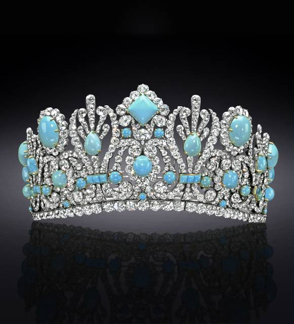 Photograph of the Marie Louise diadem (NMNH G5021), digitally enhanced by SquareMoose for a 2017 jewelry publication by the Hillwood Museum