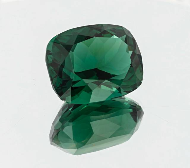 This deep green gem is the largest faceted fluorite to come from the Rogerly Mine in Weardale, England and a major upgrade for the National Gem Collection.