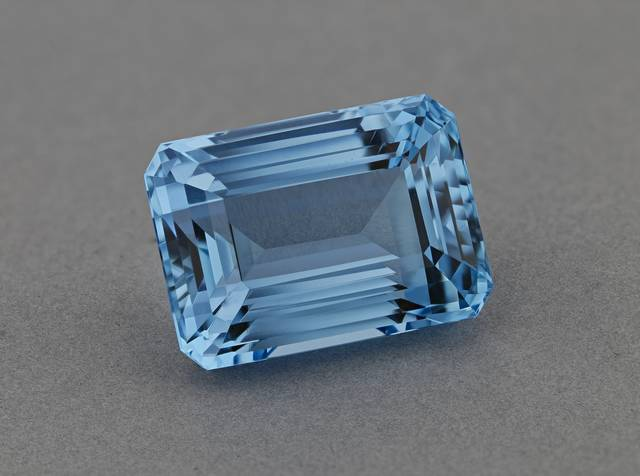 This flawless gem is a fine deep blue possessing the classic and coveted color and quality of a natural aquamarine.