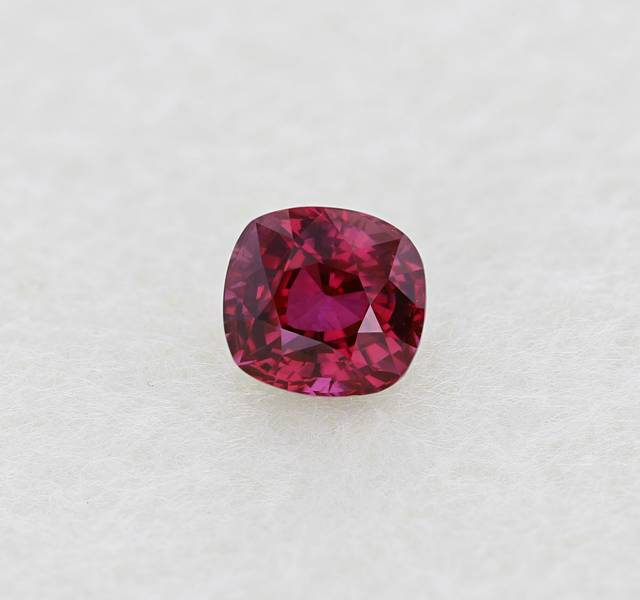 This is the first ruby from Sri Lanka for the National Gem Colleciton.